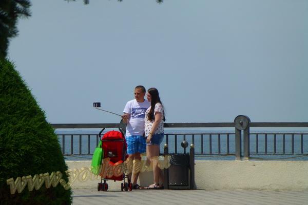 Анапа 18 июня 2018г селфи на Набережной