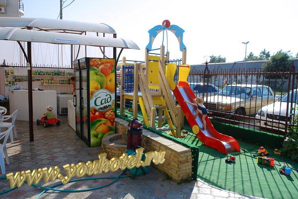"""Витязево гостевой дом """"Золотое руно"""" детская игровая зона"""